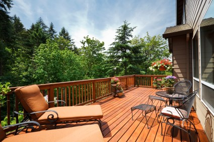 Top Decorating Ideas for Your Deck - Tundraland
